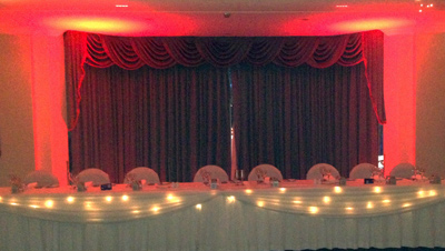 Bridal Table Castle Hill Lights Wedding Red 3713